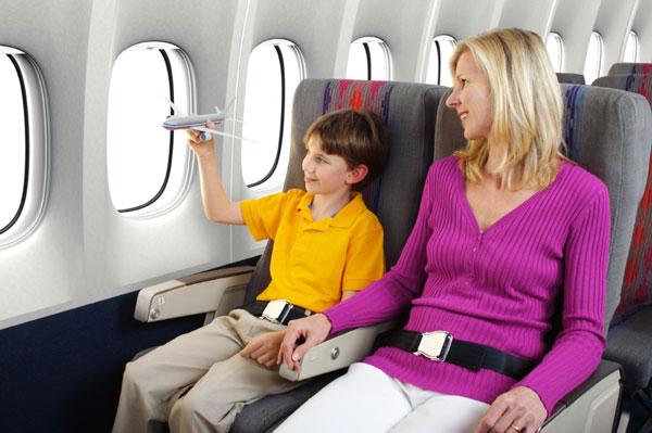 Photo of Cách tự phòng tránh lây nhiễm bệnh trên chuyến bay